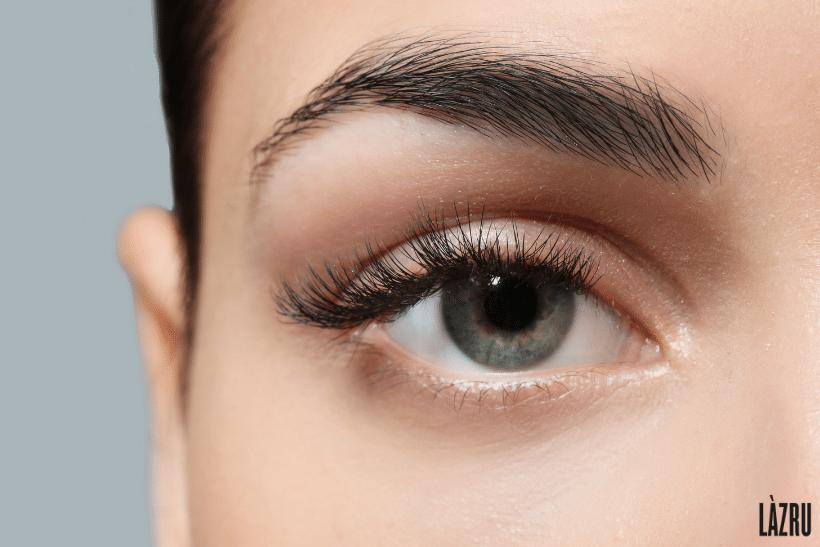 Augenbrauen-verdichten