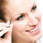 Dünne Augenbrauen – So stärken Sie die Braue bis in die Wurzel